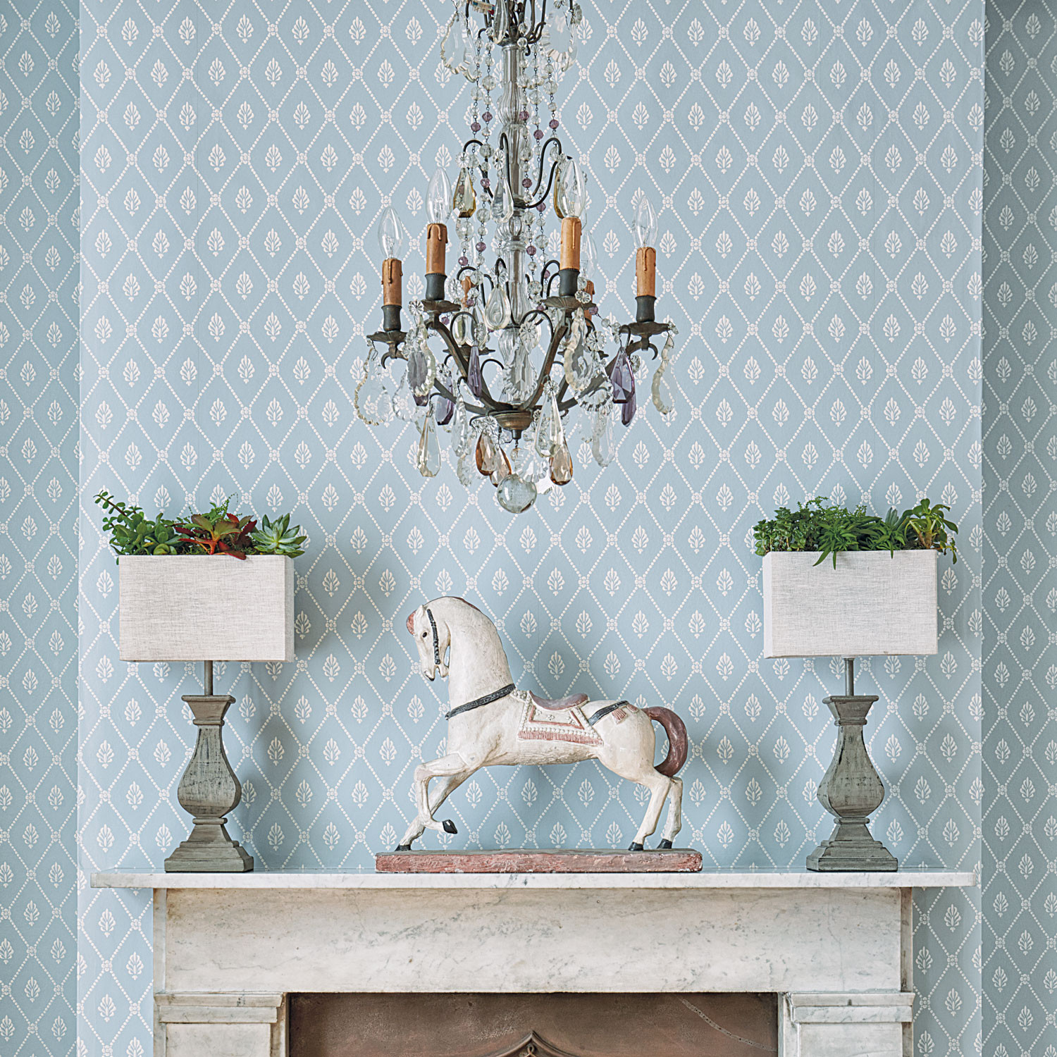 Cole and Son Alma Wallpaper - Archive Anthology
