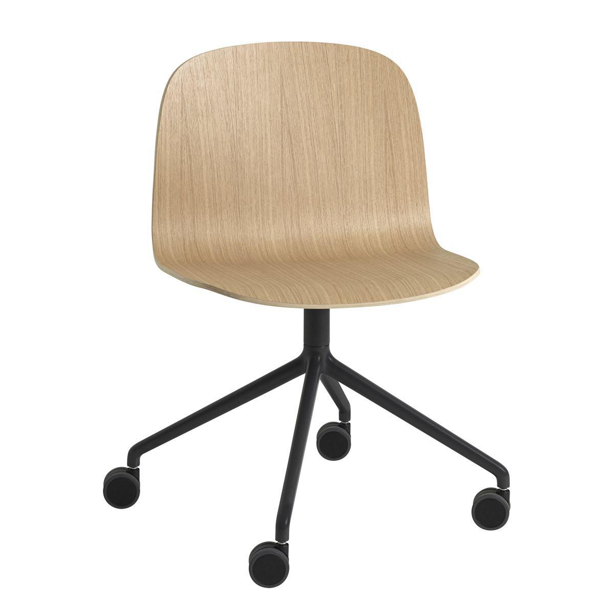 Muuto Visu Swivel Chair With Wheels