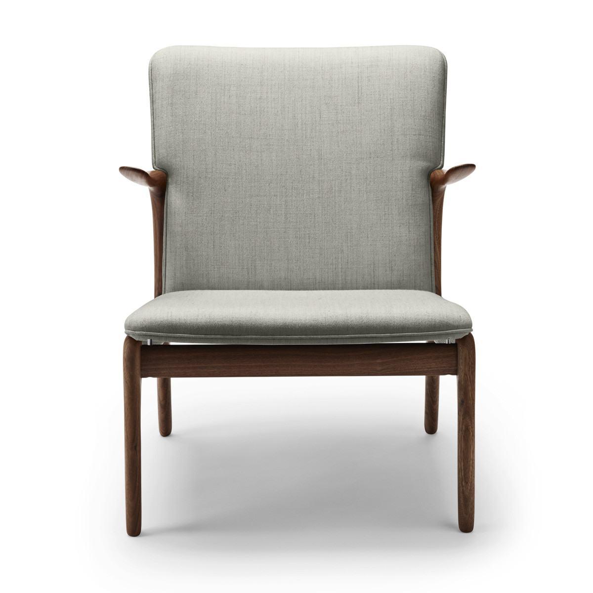 Carl Hansen OW124 Beak Chair - Oiled Walnut