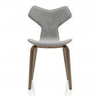 Fritz Hansen Grand Prix 4130 Chair