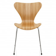 Fritz Hansen The Ant Chair, 3 Legs, Clear Lacquer