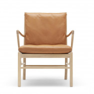 Carl Hansen OW149 Colonial Chair