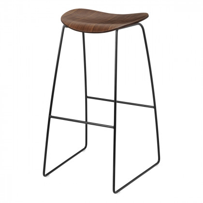 Gubi 2D Bar Stool - Un-Upholstered, 75, Sledge Base