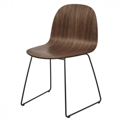 Gubi 2D Dining Chair - Un-upholstered - Sledge base