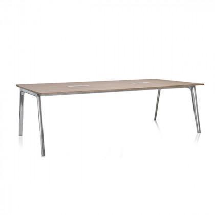 Fritz Hansen Pluralis Table, Aluminium Base