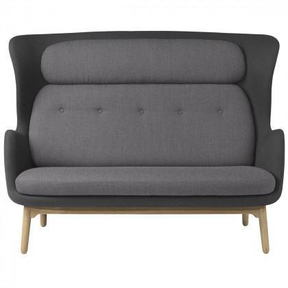 Fritz Hansen Jh120 Ro Sofa Wooden Legs