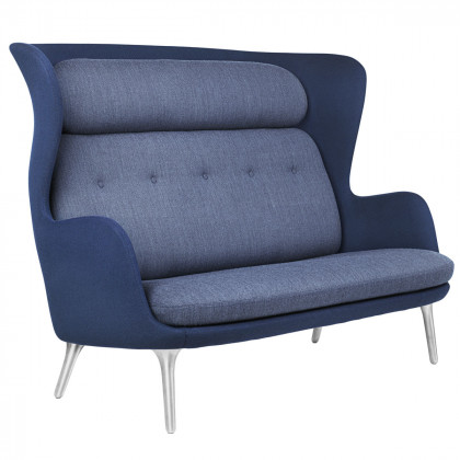 Fritz Hansen Ro Sofa Aluminium Legs