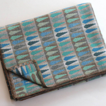 Chalk Wovens Fern Throw - Turquoise