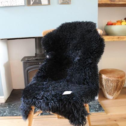 Curly Sheepskin Rug - Black