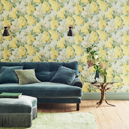 Cole and Son Lilac Wallpaper - Botanicals