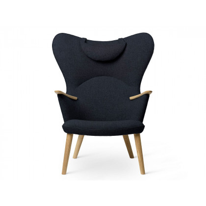 Carl Hansen CH78 Mama Bear Chair
