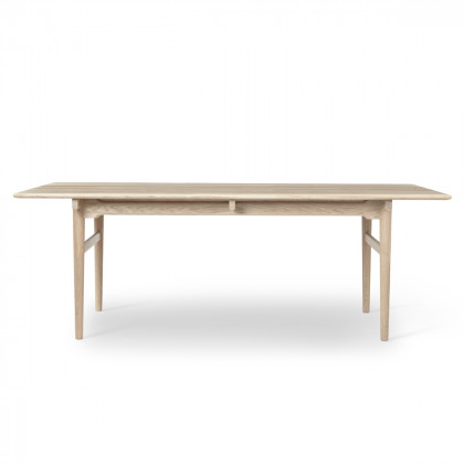 Carl Hansen CH327 Dining Table