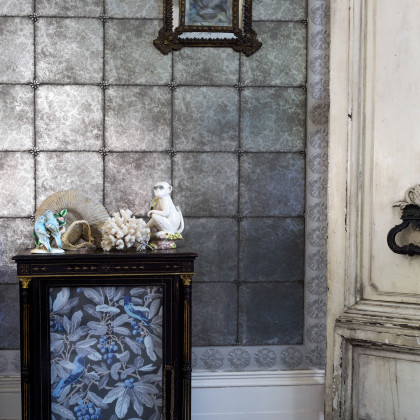 Cole and Son Kings Mirror Wallpaper - HRP