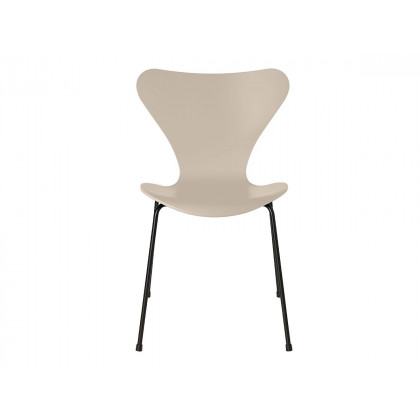 Fritz Hansen Series 7 Dining Chair - Lacquered
