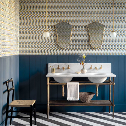 Cole and Son Hicks' Hexagon Wallpaper - New Contemporary