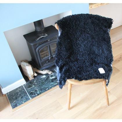Short Wool Sheepskin Rug - Black