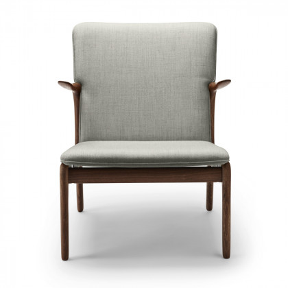 Carl Hansen OW124 Beak Chair - Oiled Walnut