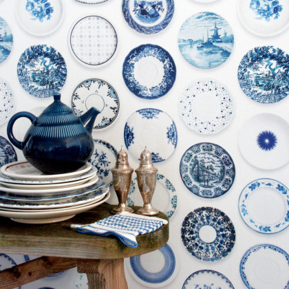 Studio Ditte Porcelain Plates Wallpaper - Blue