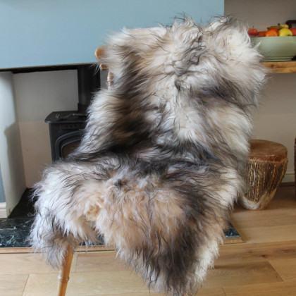 Icelandic Sheepskin Rug - White / Dark Grey Top