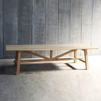 Heerenhuis Solid Oak Larbus Dining Table-200cm (ex display)