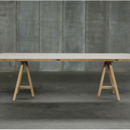 Heerenhuis Oak Trestle Dining Table MTM