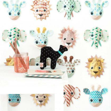 Studio Ditte Wild Animal Wallpaper - Sweet